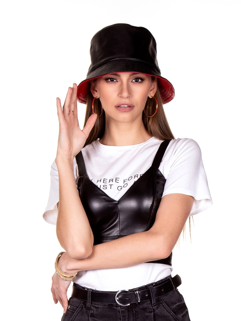 1 Эдита шляпка кожа черный-красный